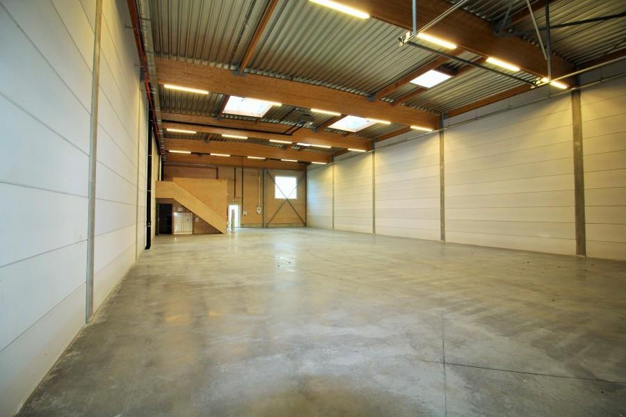 Bizconnect loods magazijn te huur bizconnect for Loods te huur oost vlaanderen